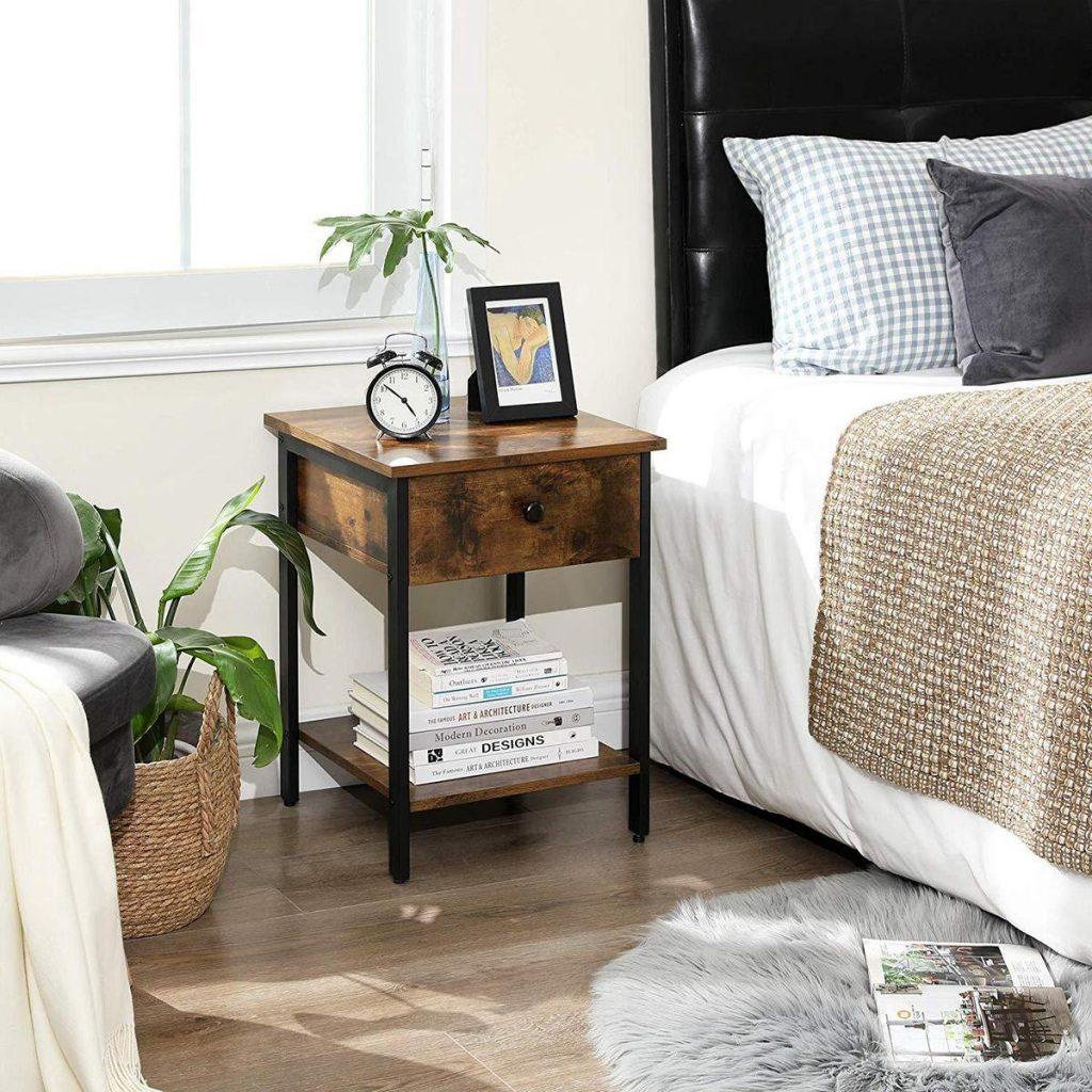 houten nachtkastje industrieel